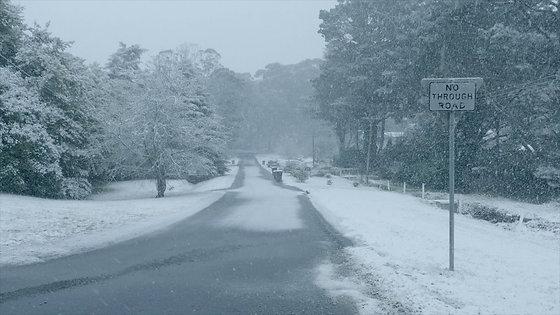 #007 - Streets Of Snow - Katoomba June 15