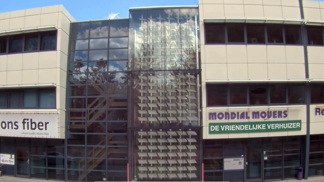 Mondial Movers timelapse outside