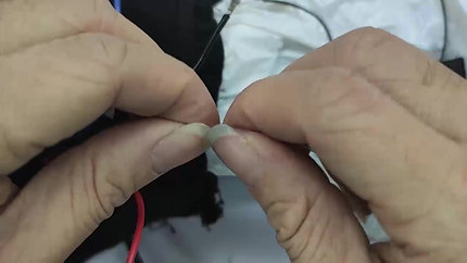 (E) Gloves 7V- Electrical Wire Connection -1电子线接线方法
