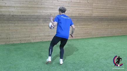 W35 - Inside foot touch
