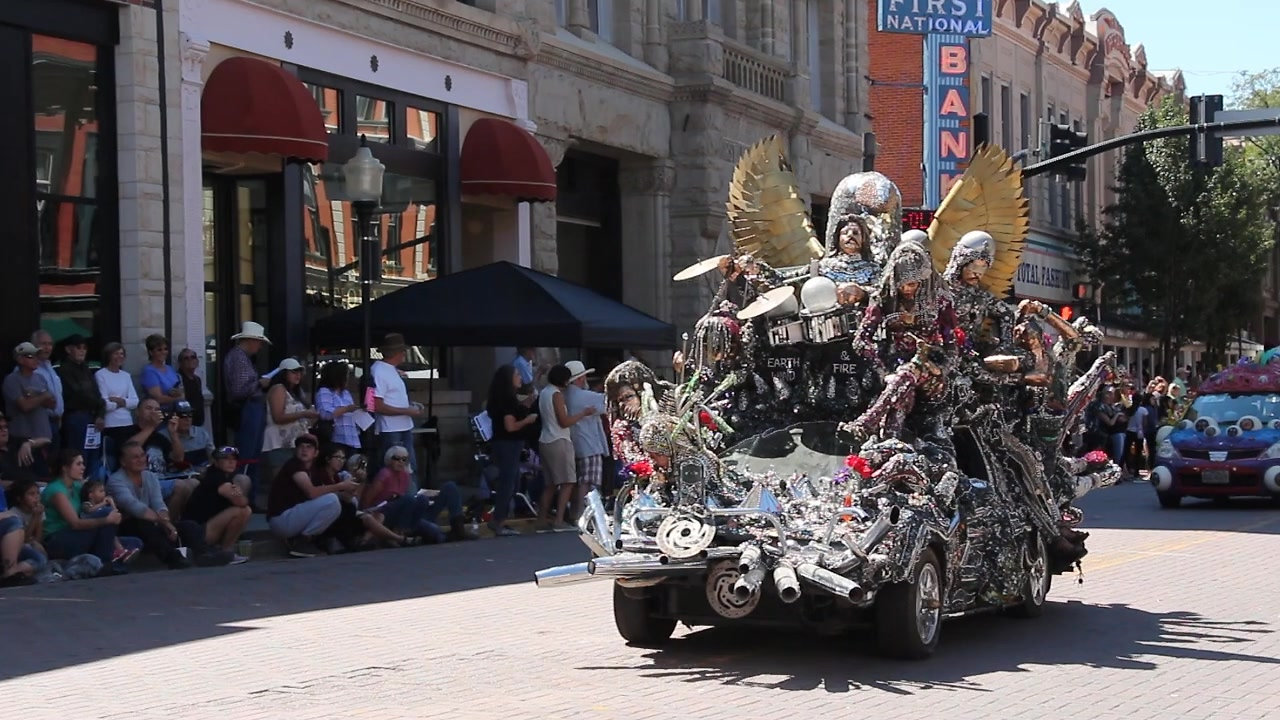 Artocade Art Car Parade 2018