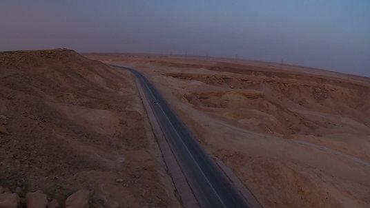 Porsche ride through the desert !