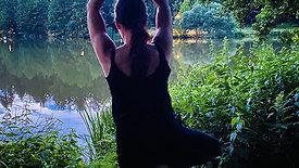 Yogaflow im Wald