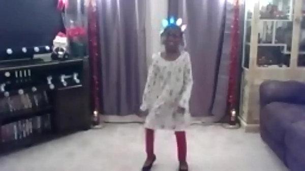 Rockin' Around the Christmas Tree -Lai'lah