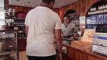 Alfajores_Esturion_San_Bernardo(descargaryoutube.com)