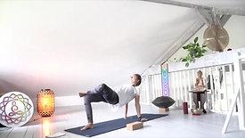 Hatha yoga mobilité bassin 1 - Hélène