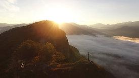 Morgensonne am Niederkaiser