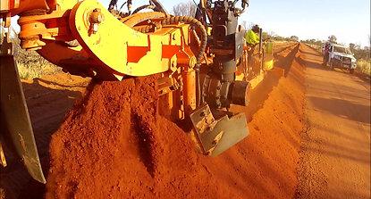 Marais Laying - Dingo - HDPE Gas pipe installation