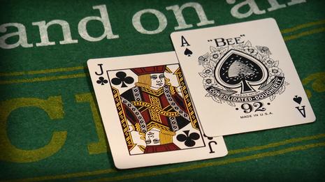 Porque Blackjack es Ilícito en Salones de Juego