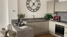 Kitchen Diner - The Chocolate Factory Apartment