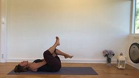 Rolig yoga - 30 min. (noe redusert lyd)