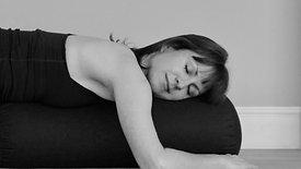GENTLE FLOW & YOGA NIDRA - Sleep Well
