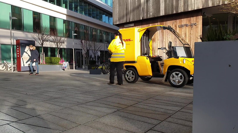 DHL Express Trailing All-Electric Paxster