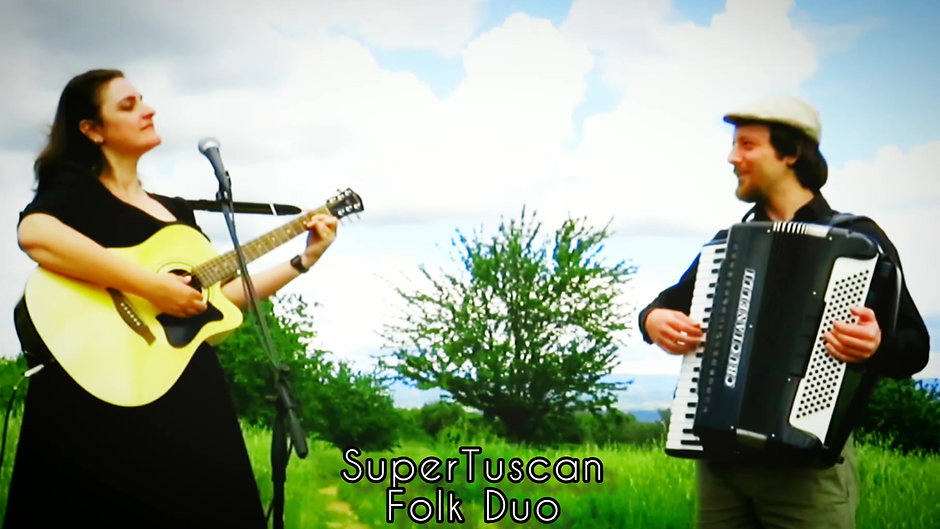 Super Tuscan Folk Duo