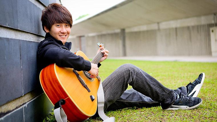 Charles (singer / guitarist)