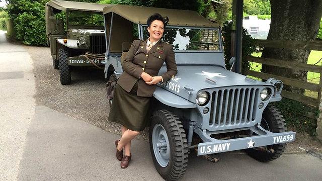 Miss Annie - Wartime