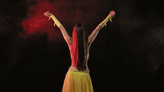 Learn Belly Dancing With Graciella Pischner