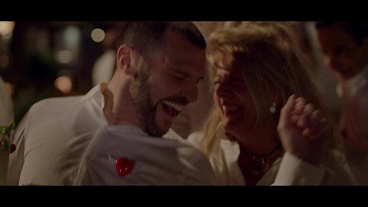 Yo, mi mujer y mi mujer muerta - Trailer Oficial