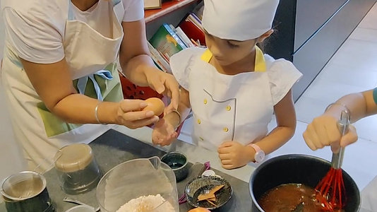 Preparing Muffins