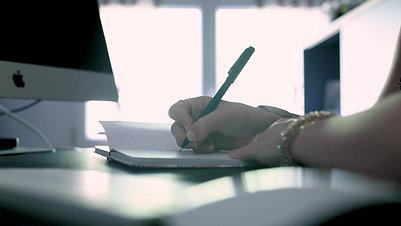 Cérémonies laïques : écrire, raconter, partager....