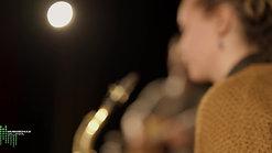 Klarinette, Saxofon: Mirjam Scherrer, Gitarre: Brendan Walsh