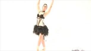 Ariadna Asturzzi - Bailando