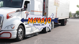 Trucking Company Recruits Drivers