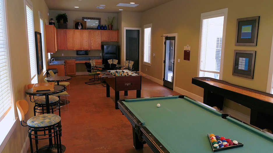de Tolosa Ranch Apartments community amenities tour