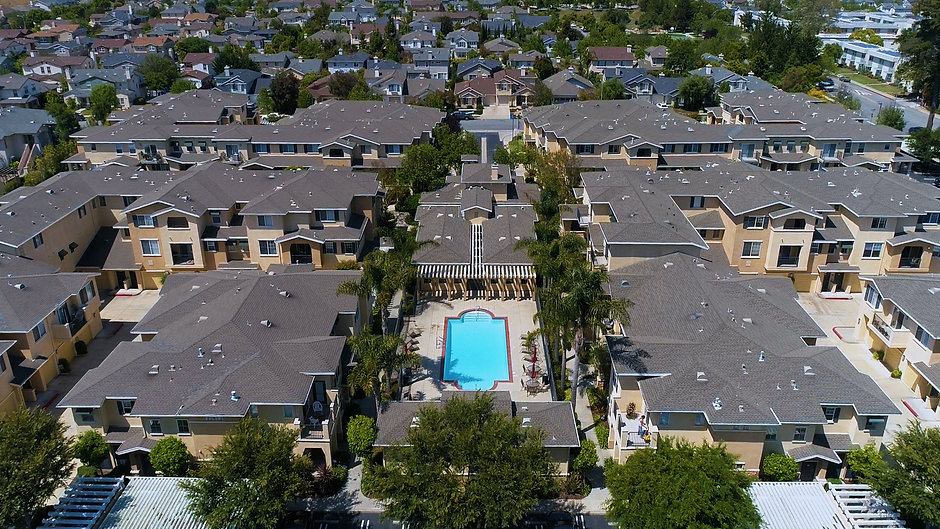 de Tolosa Ranch Apartments aerial video