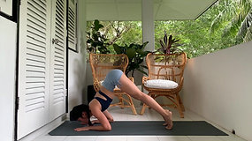 HIIT Yoga with Melly