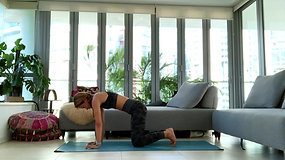 Drills & Flow into Headstand with Jeanette