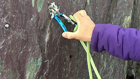 How to tie a one handed Italian Hitch