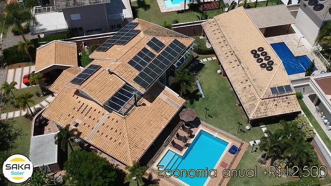 Residencial 28 placas fotovoltaicas com microinversores