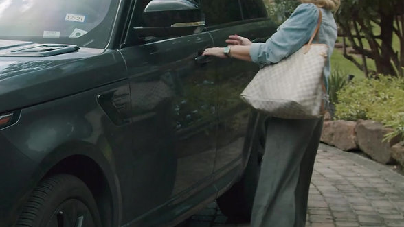 Emma Lou's Carpool Facebook Ad