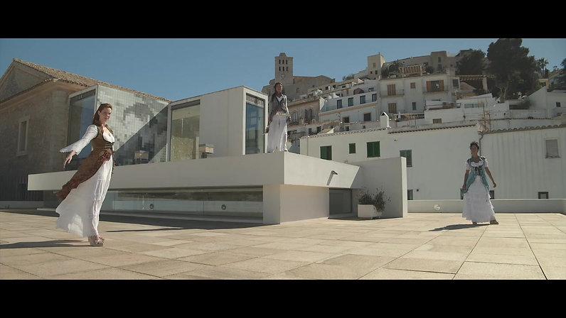 Nina Halbig Ibiza City