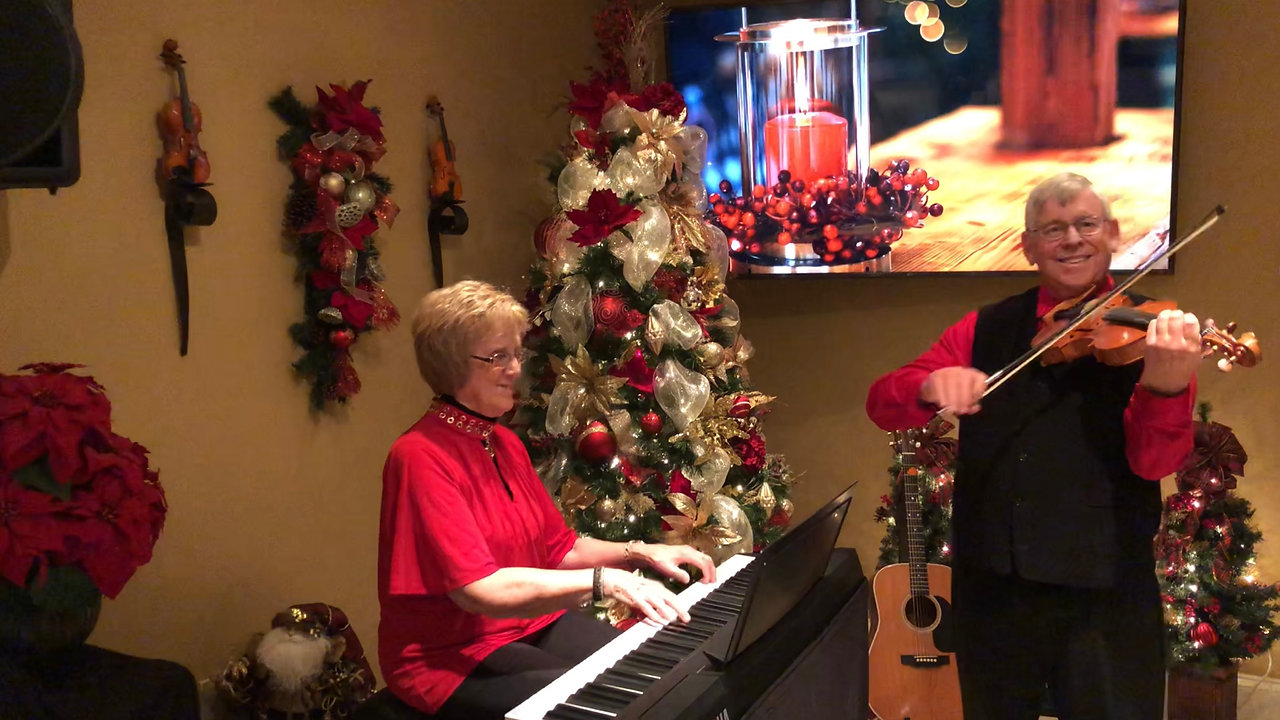 Down Home Christmas with Ivan & Vivian Hicks 2020