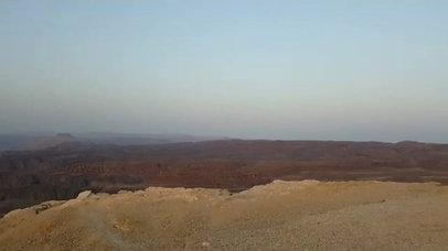 Jeep tour, lever du soleil dans les montagnes rouges d'Eilat