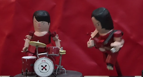 """a tribute puppet show to """"the white stripes"""""""
