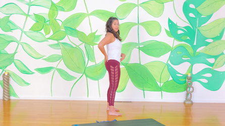 20 Minutes to Stronger Glutes with Zoe