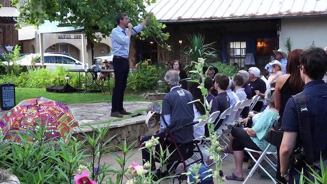 In this tiny Texas town, Democratic Senate hopeful Beto O'Rourke draws a crowd