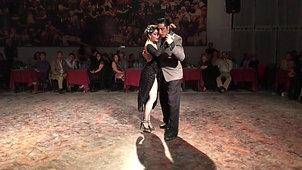 Barbara Ferreyra y Exequiel Relmuan- Cachirulo- Orq. Troilo