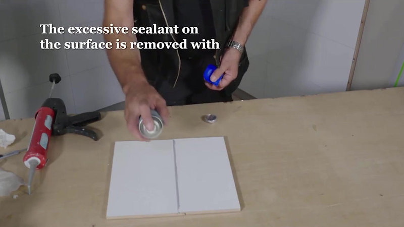 Beyond Tiles Installation Guide - Sealing the click
