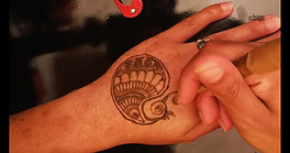Paisley design on the hand