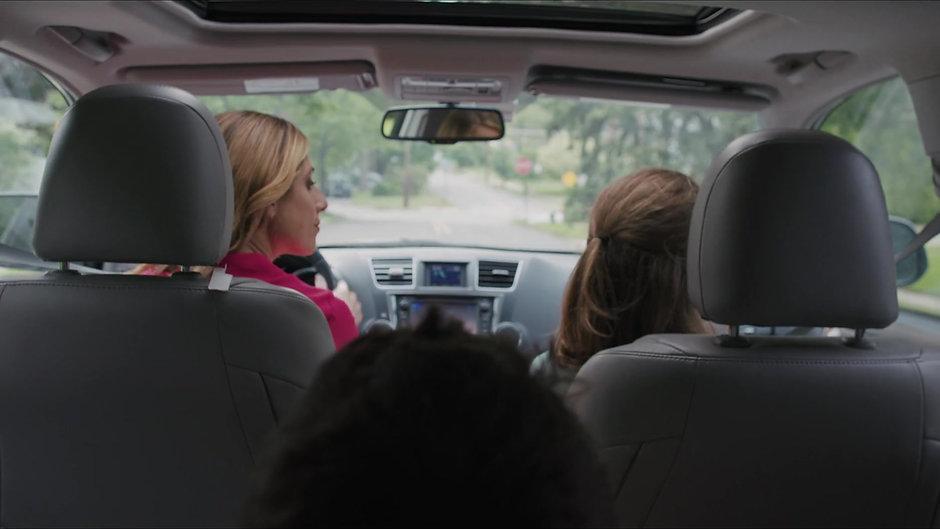 Momtress (Pilot Trailer)