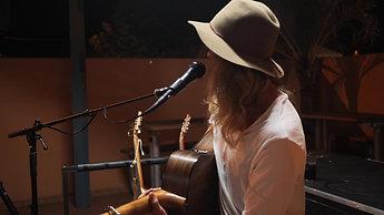 Matthew Bentley perform 1