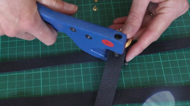 L'atelier et la fabrication de sandales
