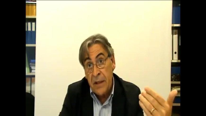 Dr. César Coll