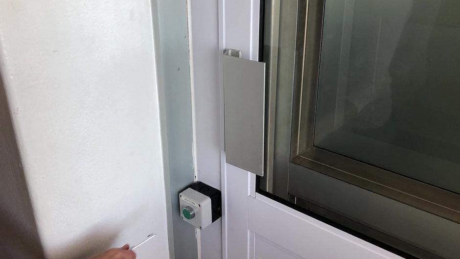 Solvey Door Opener