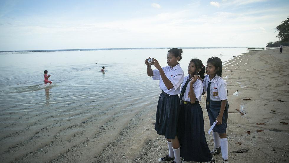 Beach Cleanup /// Short Films /// Bido, Morotai, Indonesia