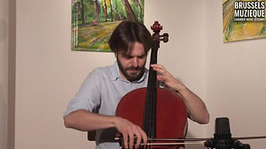 Courante of Bach's 1st suite in G major for cello solo BWV 1007